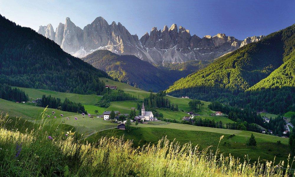Wandern in Villnöss: Die Faszination der Dolomiten