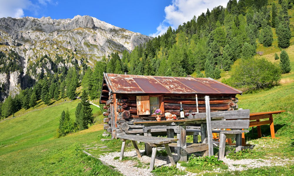 Alpine holiday in South Tyrol: the power of the mountains