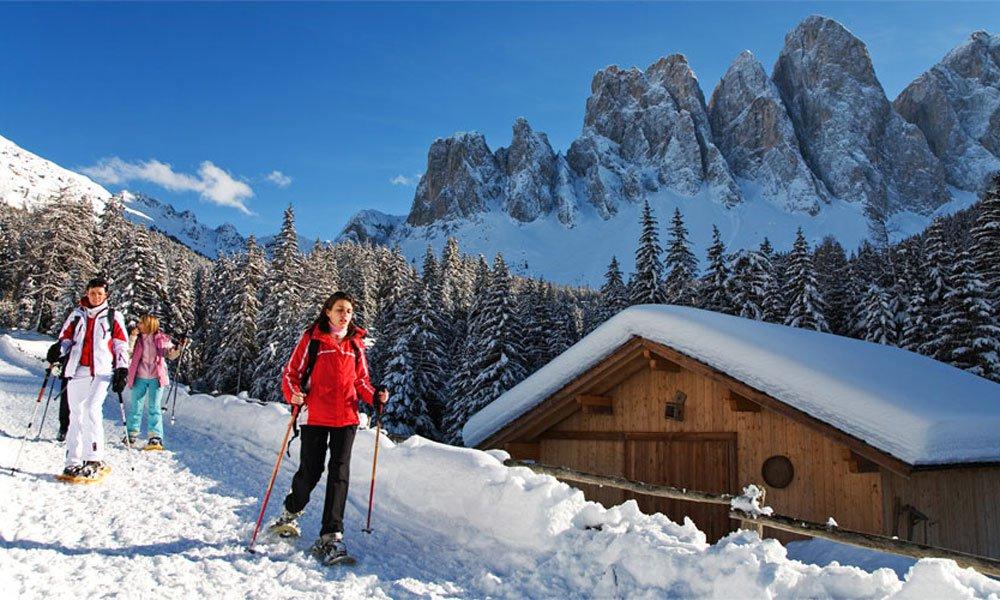Schneeschuhwandern in Villnöss – Familienspaß in unberührter Natur